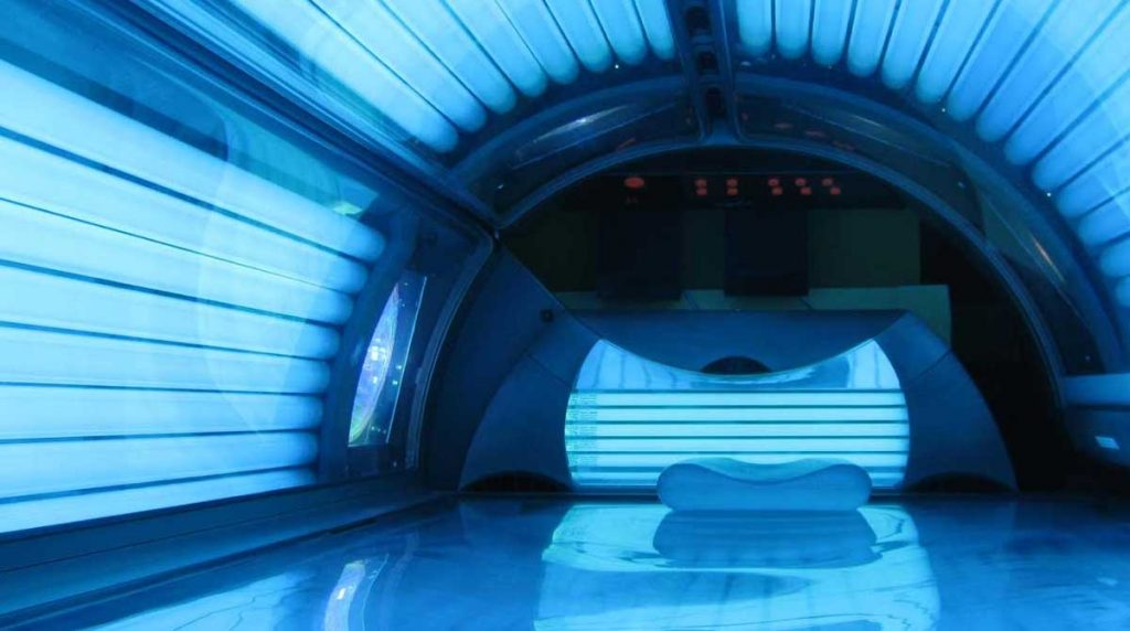 Red bumps from tanning bed